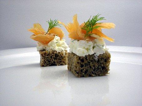 Údený losos s kôprovo-smotanovým krémom